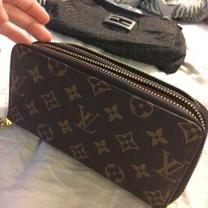 Louis Vuitton wallet/ wristlet